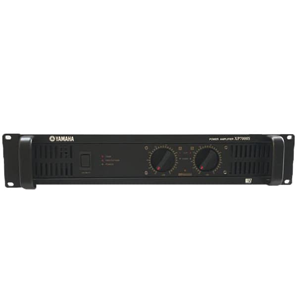 Cục đẩy Yamaha XP7000S