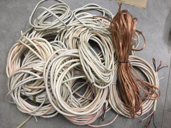 Có nên sử dụng dây loa bãi hay không?