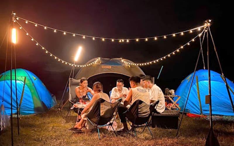Đi cắm trại Chill