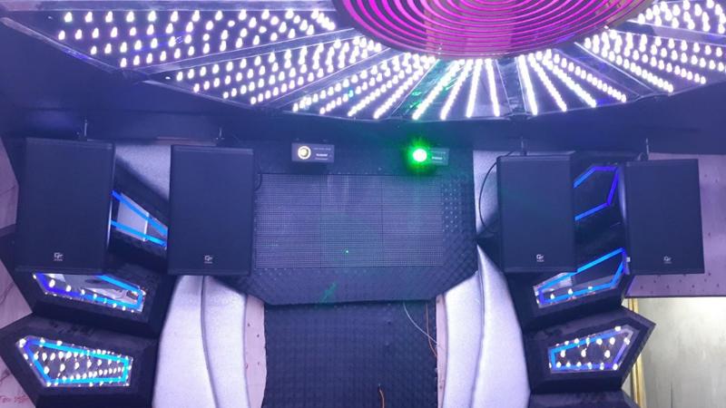 Chúng tôi sử dụng loa karaoke hay cho quán