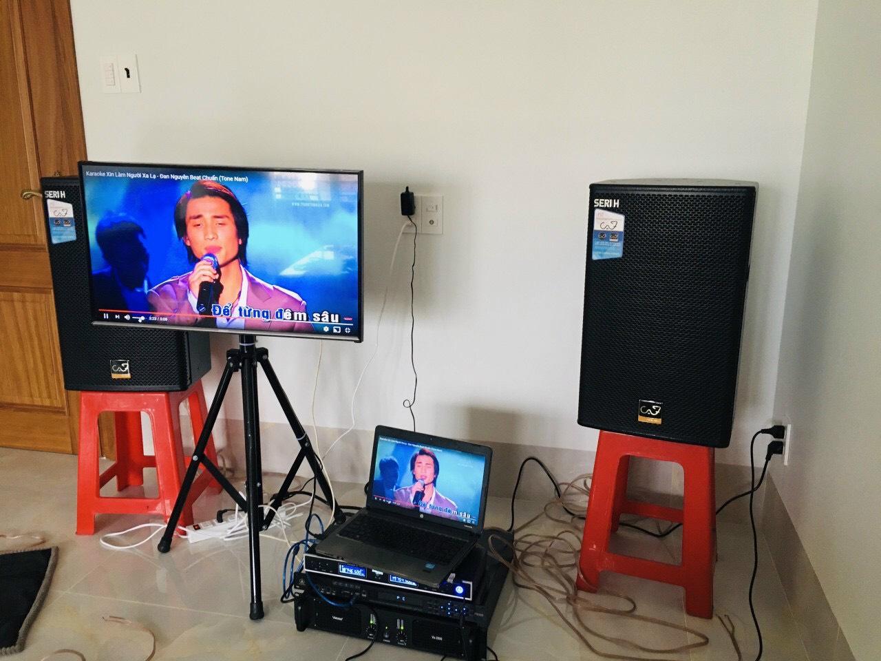 Lắp đặt bộ dàn karaoke gia đình giá rẻ 1