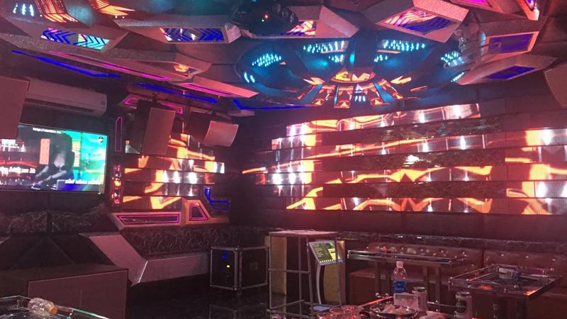 Loa DK VR12L lắp cho phòng hát