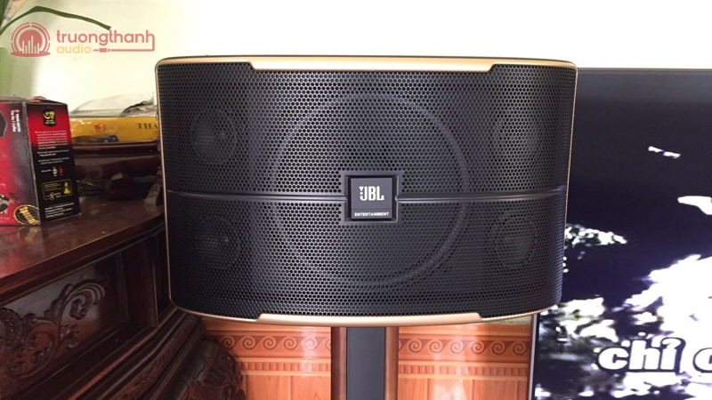 Loa JBL Pasion 12 dùng trong bộ dàn karaoke