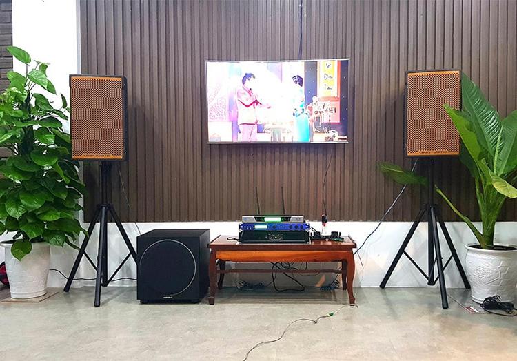 Mẫu phòng hát karaoke gia đình