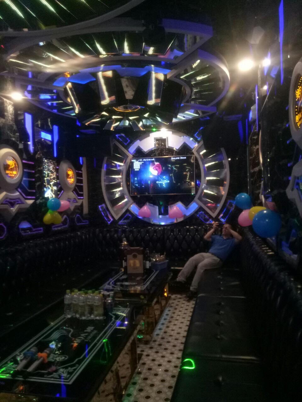 Mẫu phòng karaoke đẹp nhất 2020